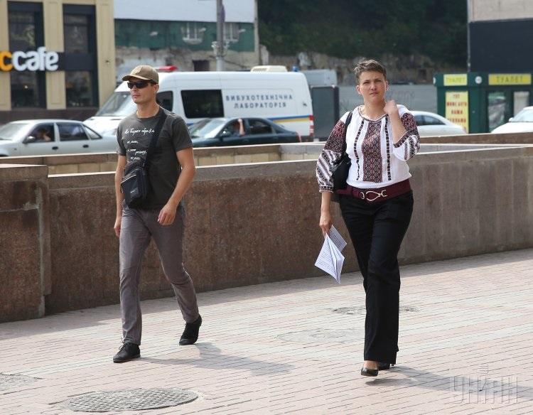 Савченко на підборах уніан2