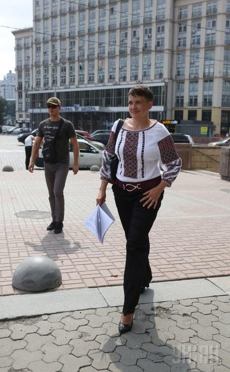 Савченко на підборах уніан3