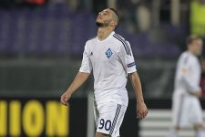 FLORENCE, ITALY - APRIL 23: Younes Belhanda of FC Dynamo Kyiv shows his dejection during the UEFA Europa League Quarter Final match between ACF Fiorentina and FC Dynamo Kyiv on April 23, 2015 in Florence, Italy.  (Photo by Gabriele Maltinti/Getty Images)
