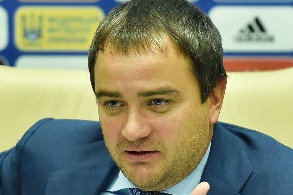 Президент федерации футбола украины андрей павелко во время заседания исполнительного комитета федерации футбола
