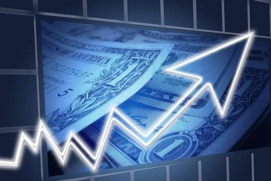долар росте пыксабей
