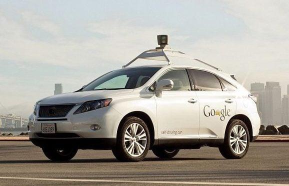 Беспилотный автомобиль Google попал в ДТП