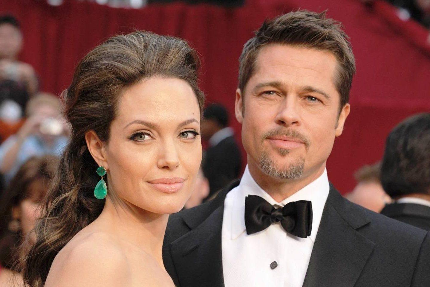 Раскрыты тайны супружеского договора Джоли иПитта