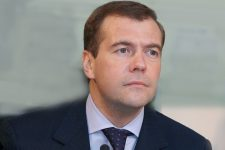 4834-Medvedev-podderjivaet-Ukrainu