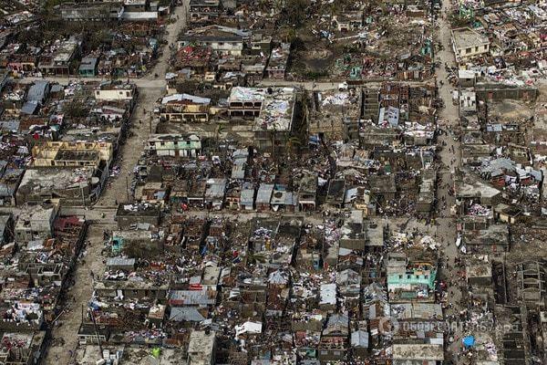 Кількість жертв урагану «Метью» досягла 877 осіб