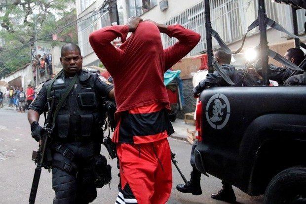 brazil-rio-violence_ricardo_moraes_reuters-5