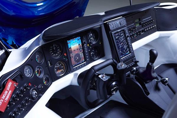 aeromobil-3-flying-car_004