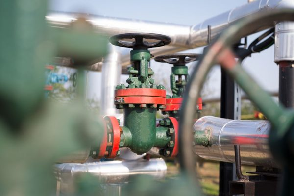 60091875 - oil and gas pipe line valves