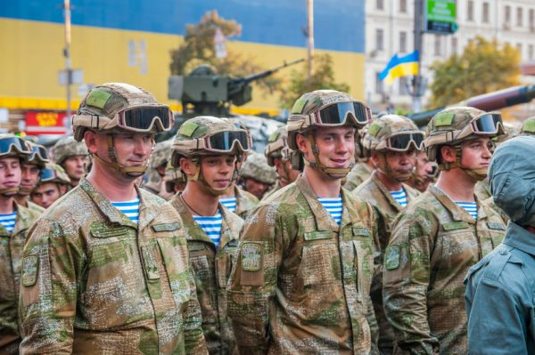 61628415 - kiev, ukraine - august 22, 2016: ukrainian soldiers at the military parade rehearsal for 25 years of ukraine's independence in kyiv, ukraine.
