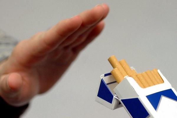 Які продукти допоможуть кинути палити