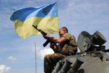 Війна на Донбасі: на Маріупольському напрямку бойовики гатили з важкого озброєння