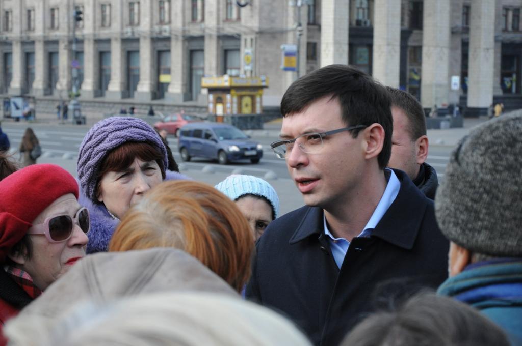 100 тысяч граждан Украины требуют снизить коммунальные тарифы