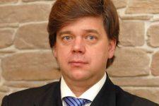 Адвоката втікача Онищенка затримали в Борисполі