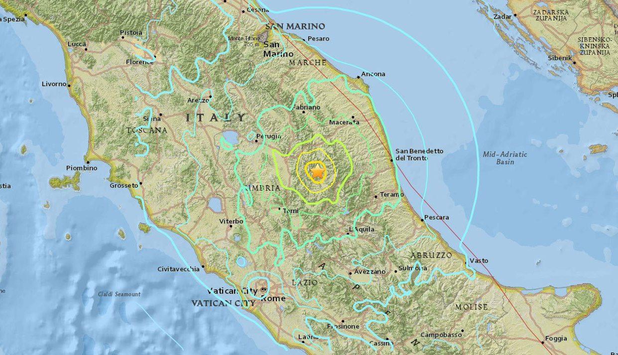 2-ое землетрясение вИталии, есть пострадавшие иразрушения