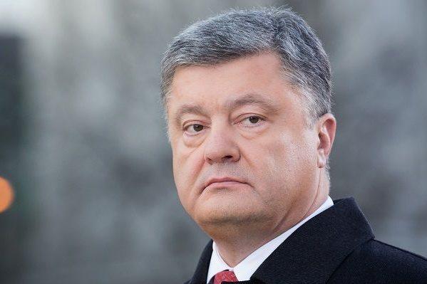 7 годин сну за 4 доби: графік президента Порошенка