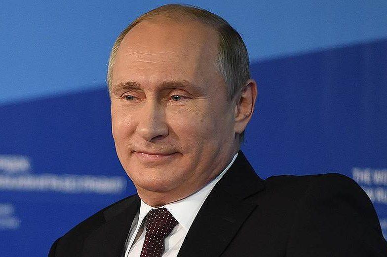 Путін порівняв Америку з банановою республікою