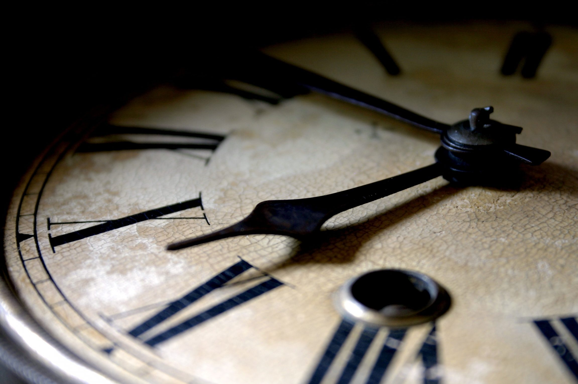 Переведення годинників на зимовий час 30 жовтня