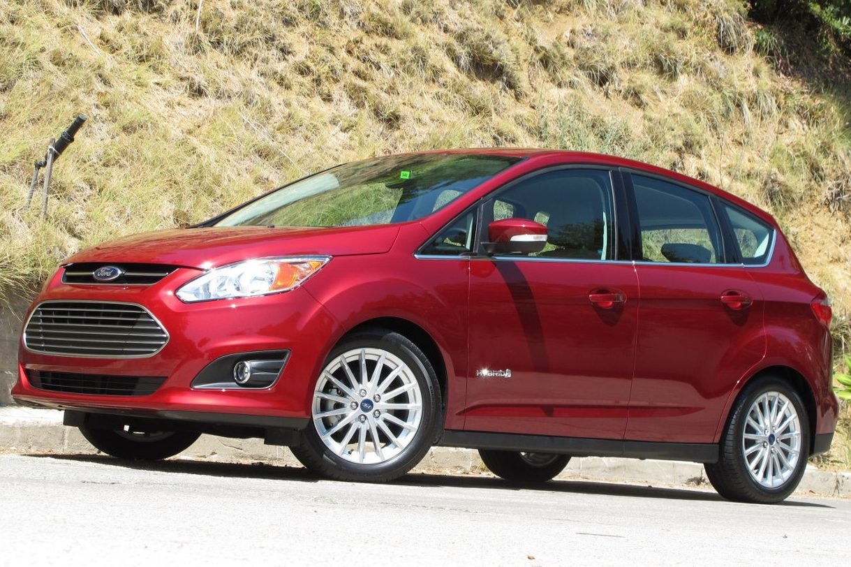 Ford припинить випуск моделей Focus і C-Max Hybrid
