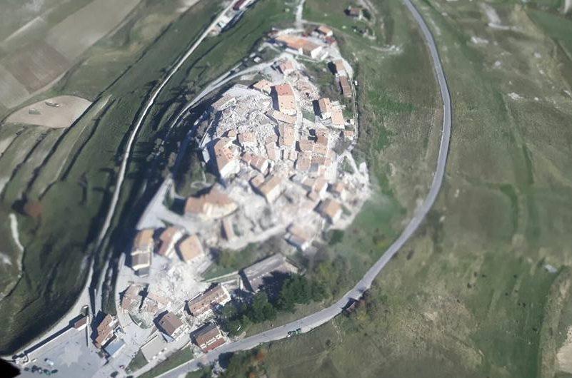 Італійське місто Кастелуччо після землетрусу