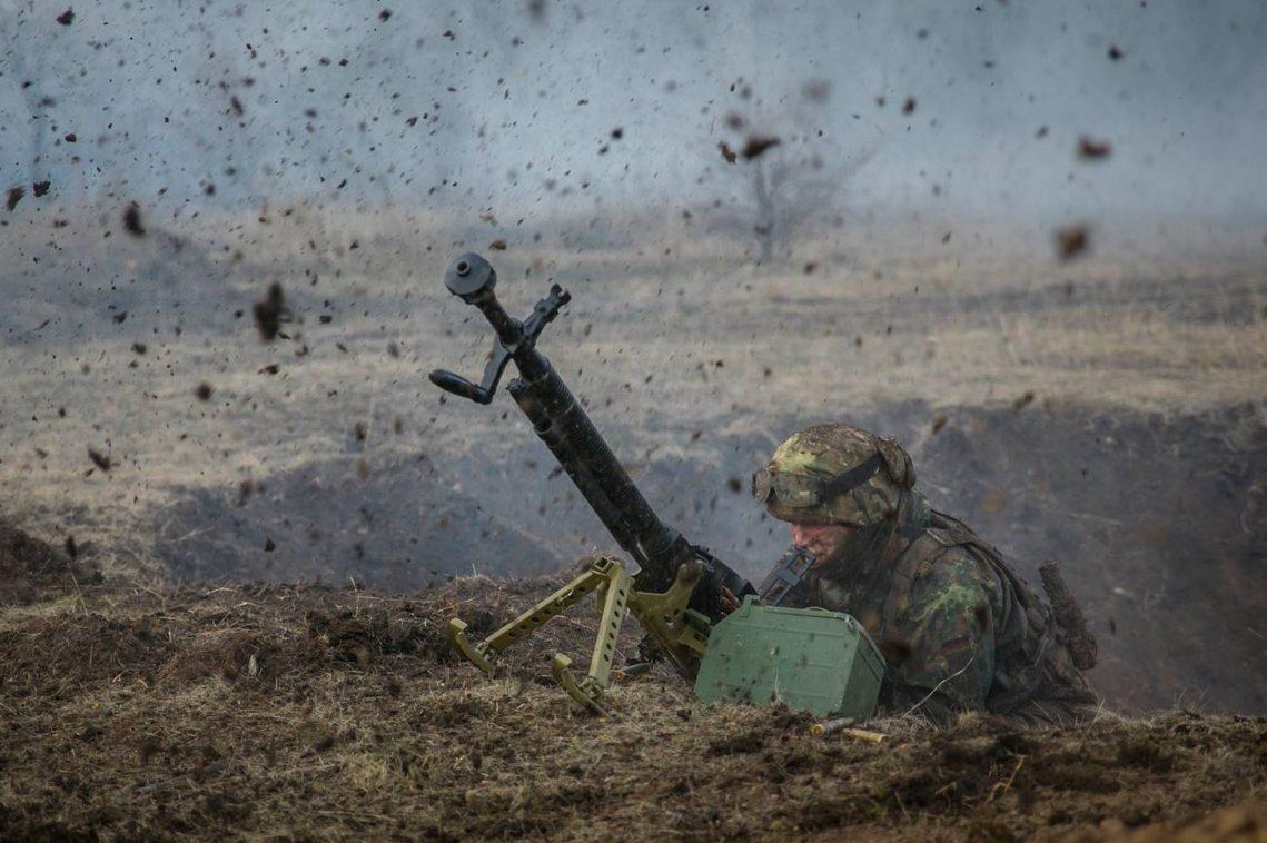 Журналісти потрапили під обстріли бойовиків під Маріуполем