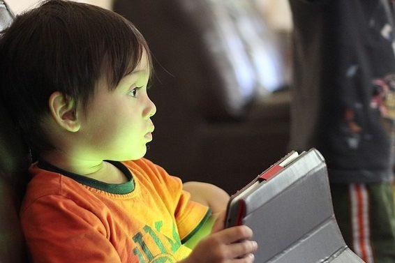 планшет дитина