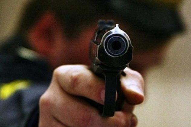 Вцентре столицы Украины неизвестный вкамуфляже расстрелял 3-х человек