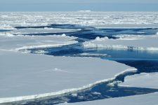 В NASA показали, як тане лід в Арктиці