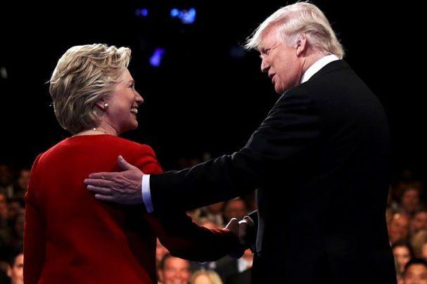Клинтон поздравила Трампа