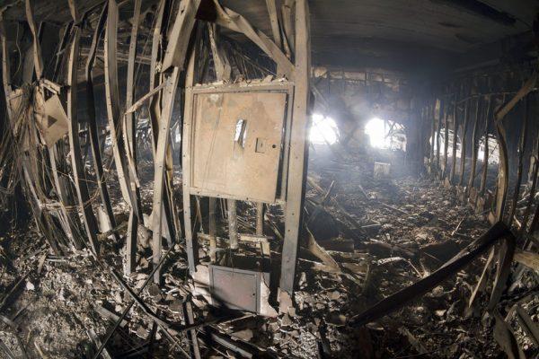 Депутат от Батькивщины Сергей Соболев заявил, что во время пожара сгорели 40-50 человек