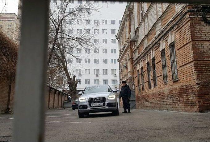 yanukovych-sud-avto
