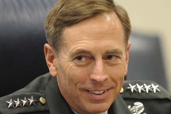 Может быть, что должность госсекретаря США займет экс-глава ЦРУ Дэвид Петреус