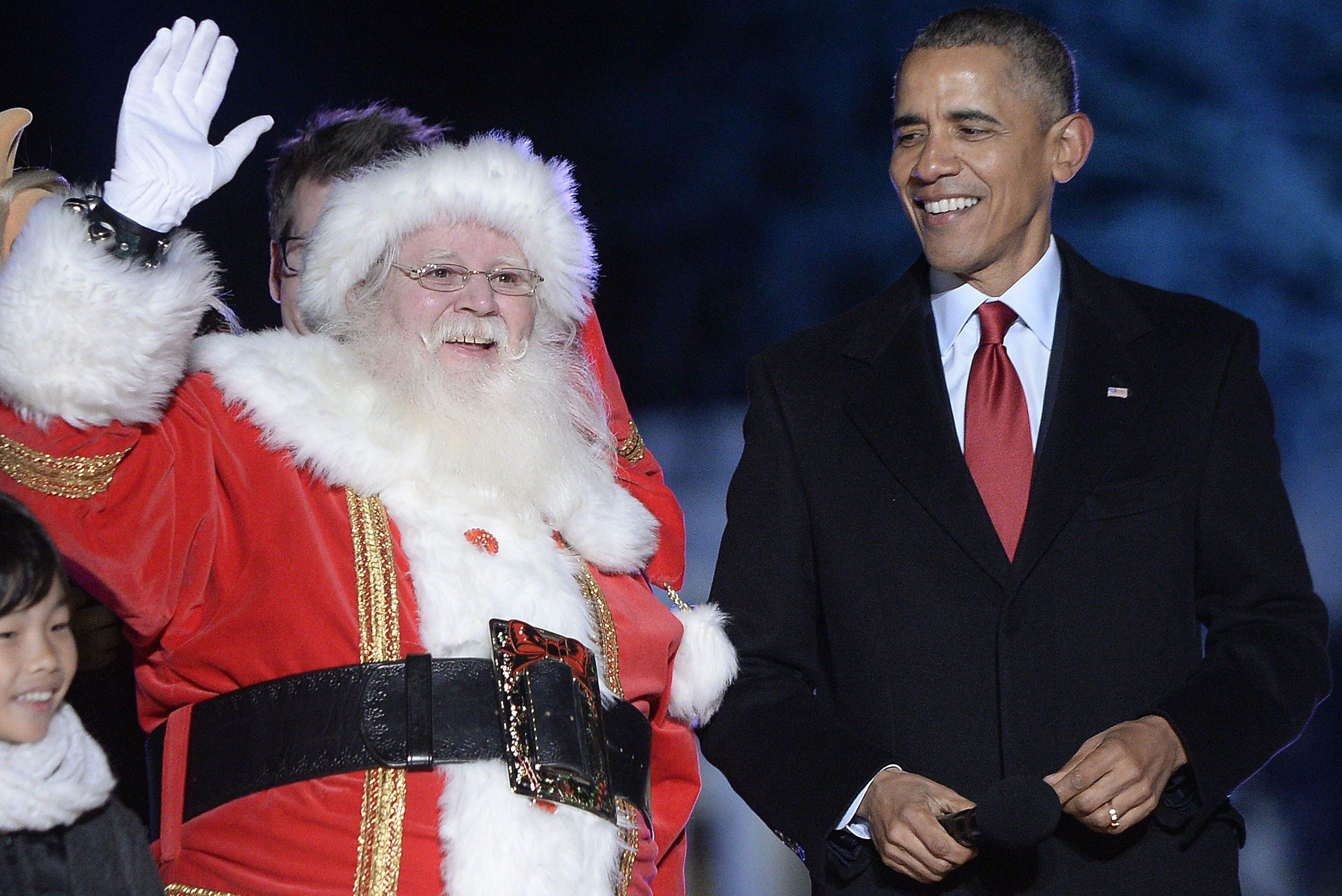 Обама заспівав різдвяну пісню