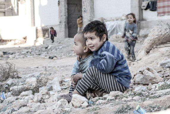 ЮНИСЕФ: ВАлеппо сотни детей могут погибнуть, недождавшись эвакуации