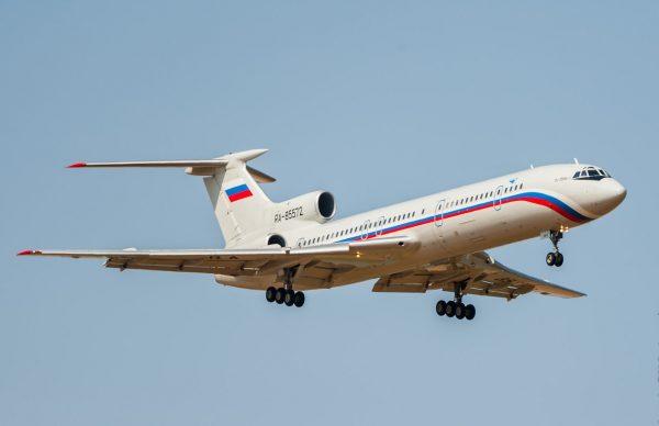 Вдвигателе Ту-154 отыскали повреждения