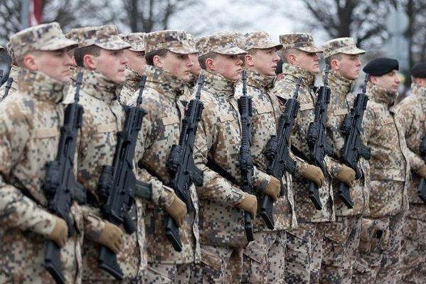 Латвия перебросит войска вприграничный сРоссией регион