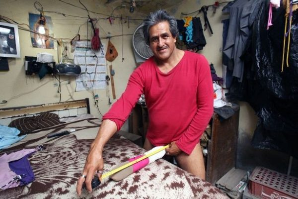 большой пеніс голих чоловіків