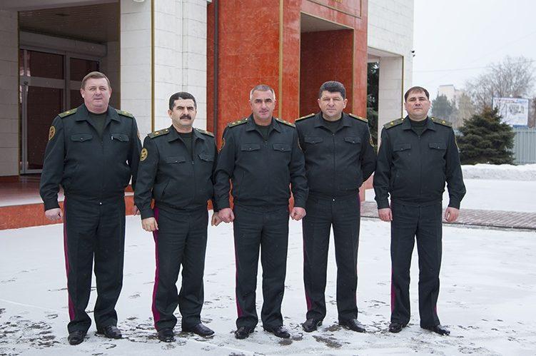 Вподдержку АТОшников: генералы Нацгвардии присоединились к22PushupChallenge