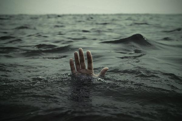 Мигрант изГамбии потонул в огромном канале вВенеции— Rai