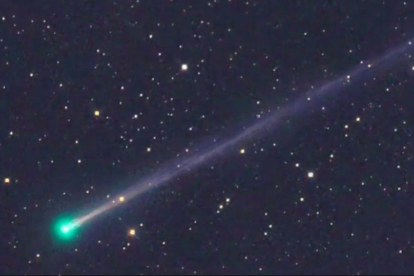 К нам приближается странная зеленая комета