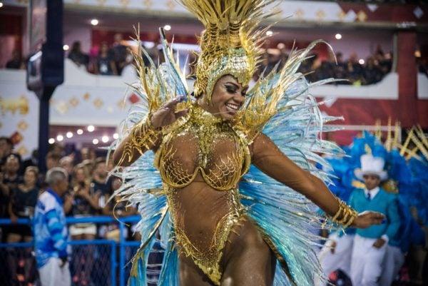 Самые сексуальные девушки на карнавале в рио