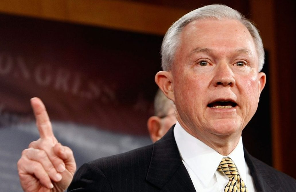 Генеральный прокурор США ответил наобвинения всокрытии контактов сМосквой