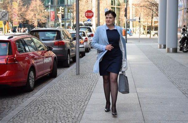 Савченко в одеяние инакаблуках посетила Берлин