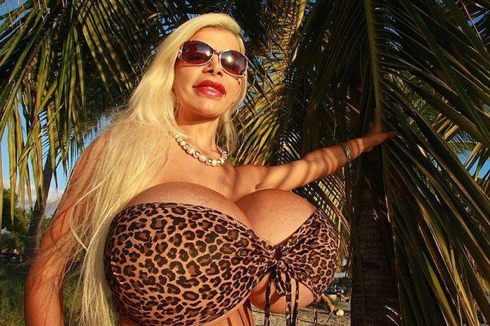 Самая большая грудь германии фото 87367 фотография