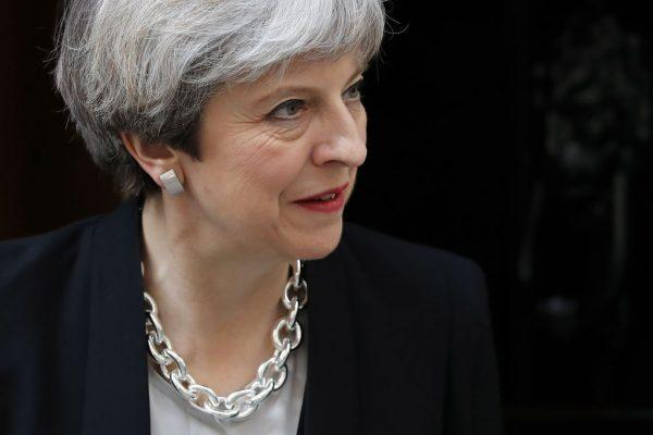 Мэй может покинуть пост через полгода, сказал британский парламентарий