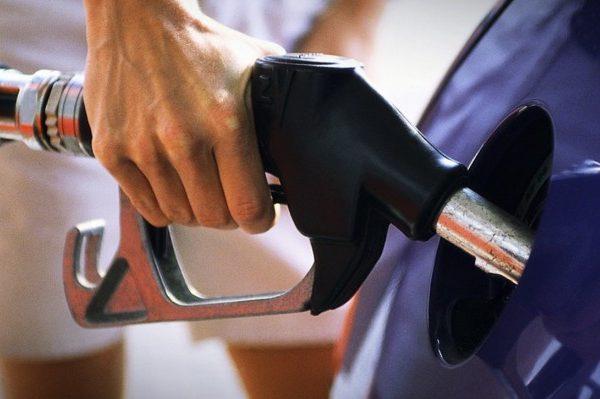Картинки по запросу цени на бензин взлетели