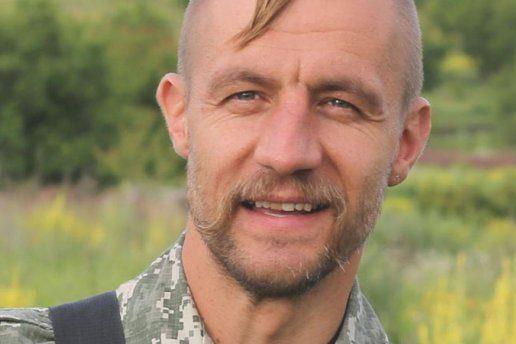 Народний депутат зБуковини Михайло Гаврилюк побив журналіста (відео)