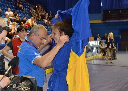 Украинка завоевала золото в 1-ый  день чемпионата Европы посамбо вМинске