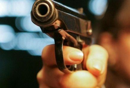 ЗМІ: НаЗакарпатті невідомі розстріляли чоловіка вцентрі міста