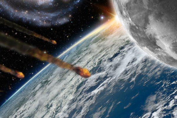 Ученые предупредили оприближении фрагментов кометы Энке кЗемле