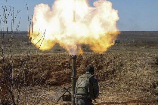 Бойовики обстріляли Красногорівку, поранено жінку